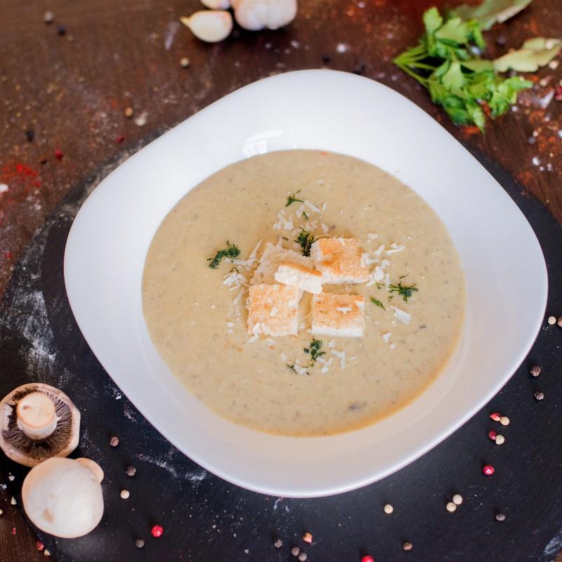 Крем суп з шампіньйонами
